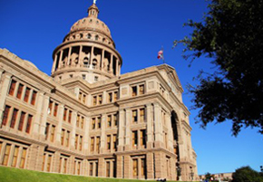 17310998-the-texas-state-capitol-building-in-downtown-austin-texas